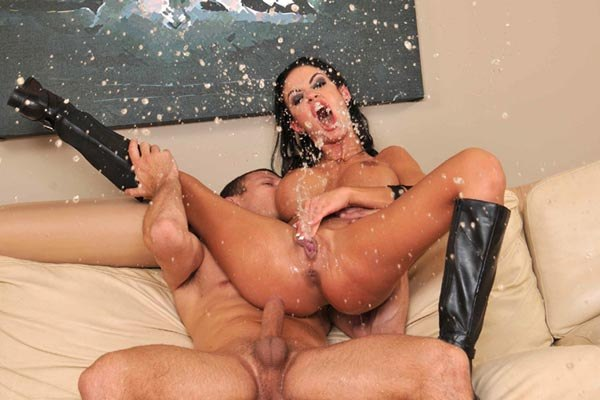 squirting xxx  video
