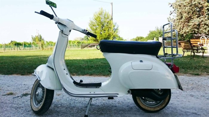 Come Restaurare una Vespa d'Epoca